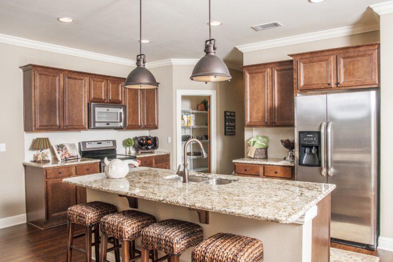 47 Pintail Blvd., Freeport kitchen