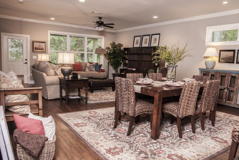 47 Pintail Blvd., Freeport open living area