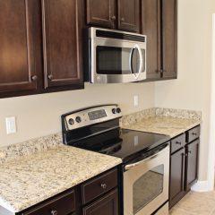 101 Arrowhead Way kitchen