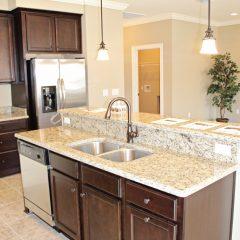 101 Arrowhead Way kitchen 2