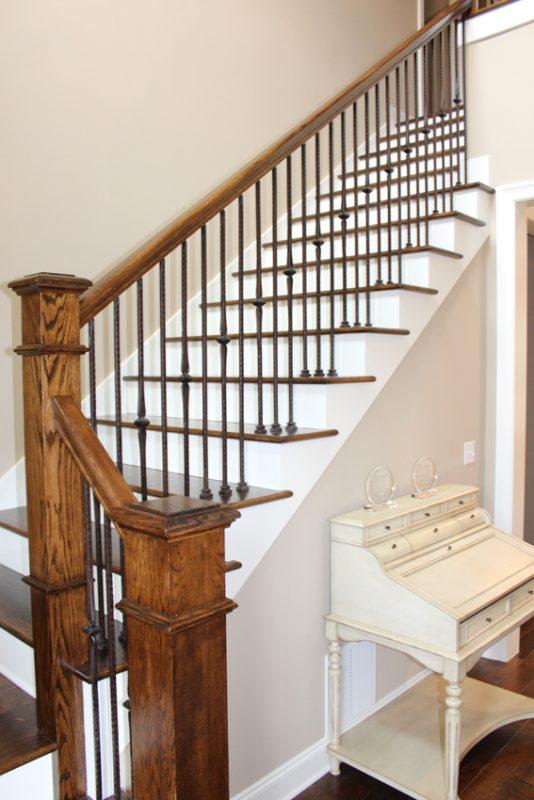 1804 Alaqua Creek Cove stairs