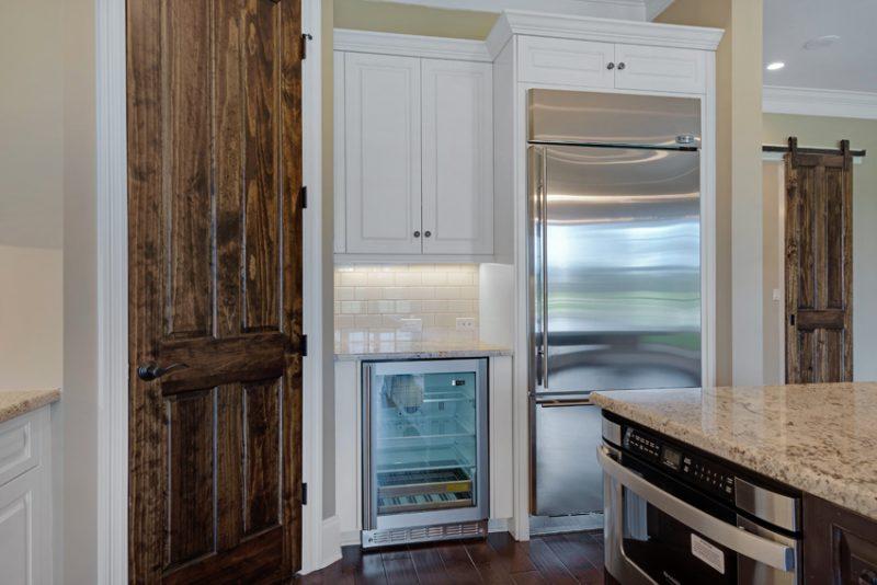 1630 San Marina kitchen 3