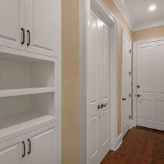 1630 San Marina butler's pantry