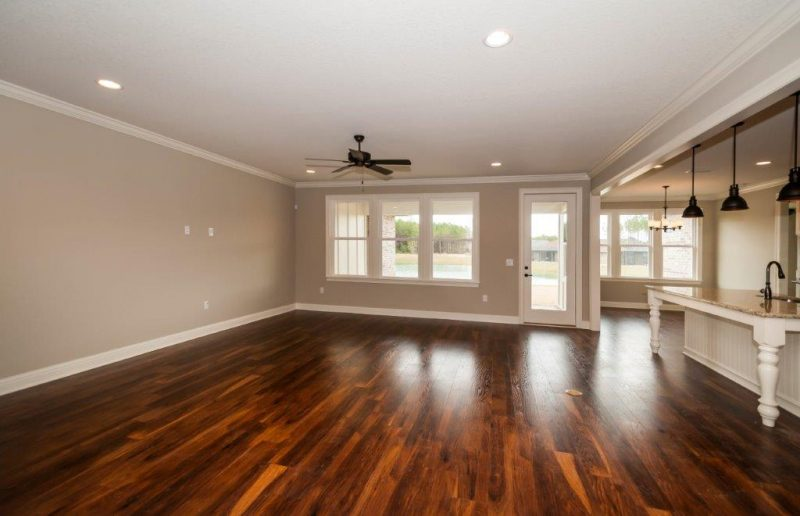 Willow Oak Open Living Area