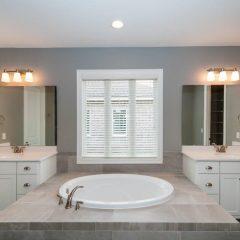 Chestnut Oak Master Bath