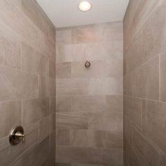 Chestnut Oak Master Shower