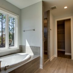Red Oak Master Bath