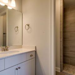 Red Oak Guest Bathroom