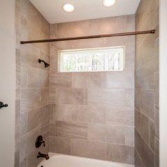 Cottonwood guest bath