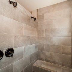 Cottonwood master shower