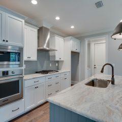 Cottage F kitchen