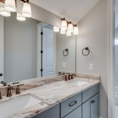 Cottage F bathroom 3