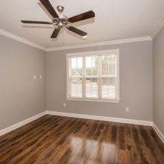 Laurel Oak Flex Room