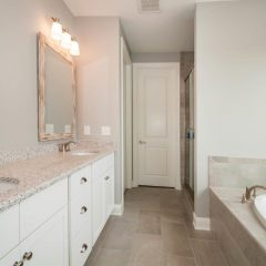 Laurel Oak Master Bath
