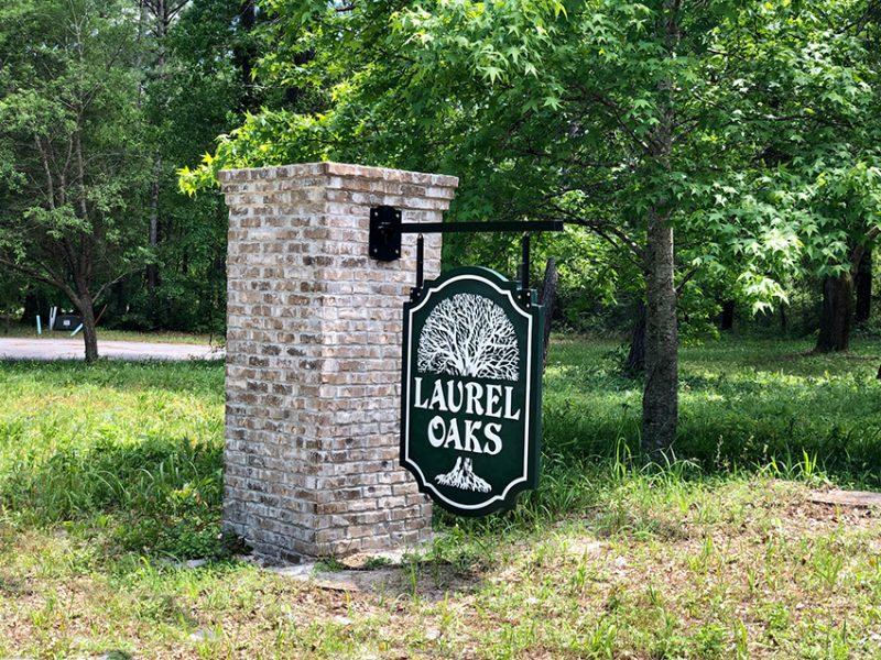 Laurel Oaks sign