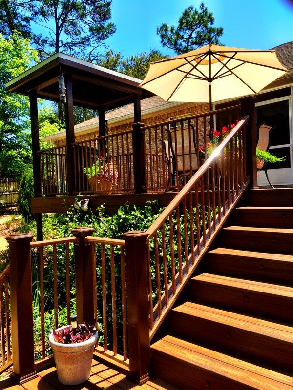 Two Story Deck in Niceville 5