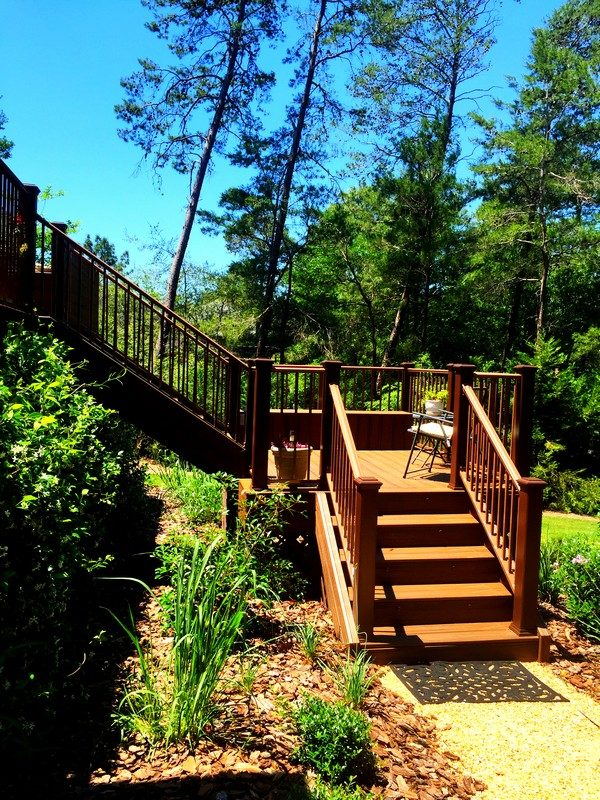 Two Story Deck in Niceville 9