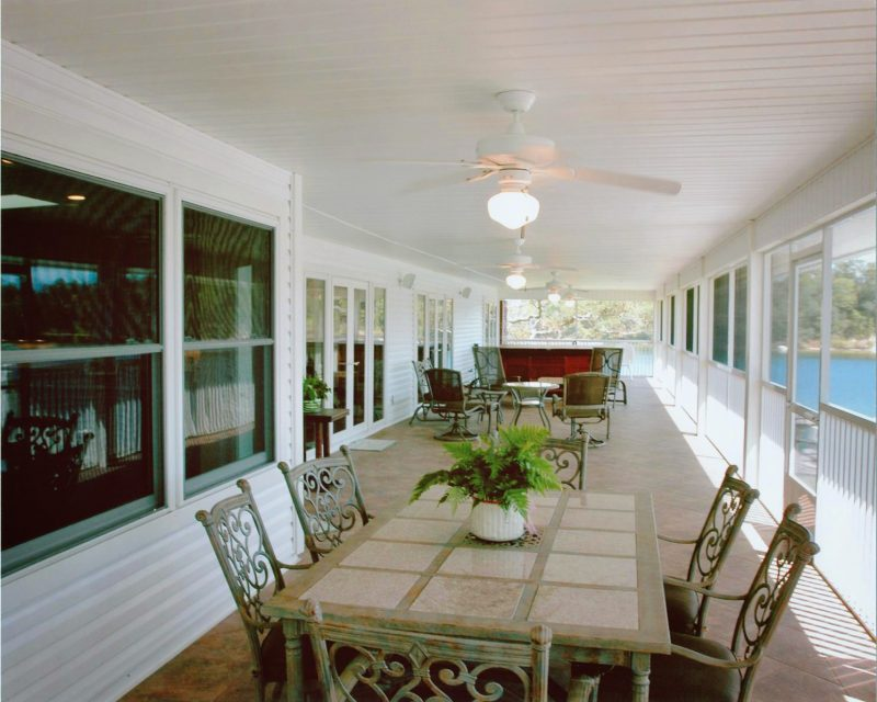 Screened Patio in Shalimar