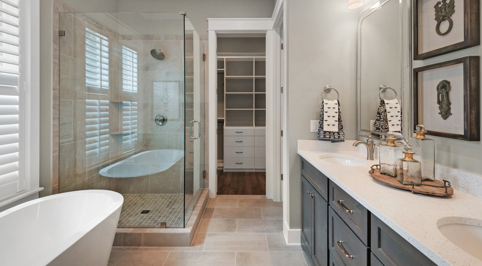 Master Bath in Water's Edge home