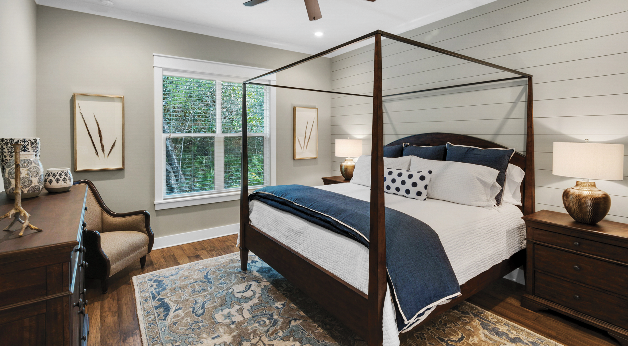 Bedroom of a house in Water's Edge