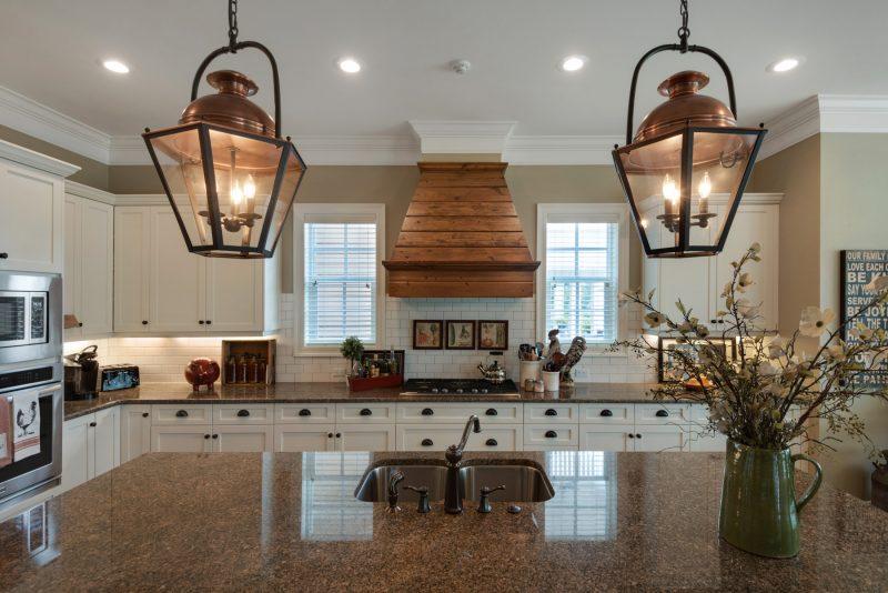 259 Champion Ct interior kitchen in Kelly Plantation