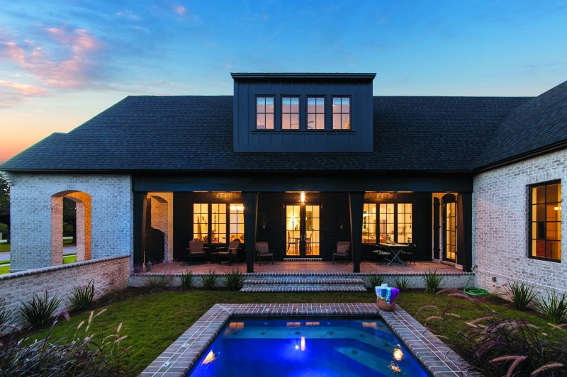 Custom Home with swimming pool in Kelly Plantation