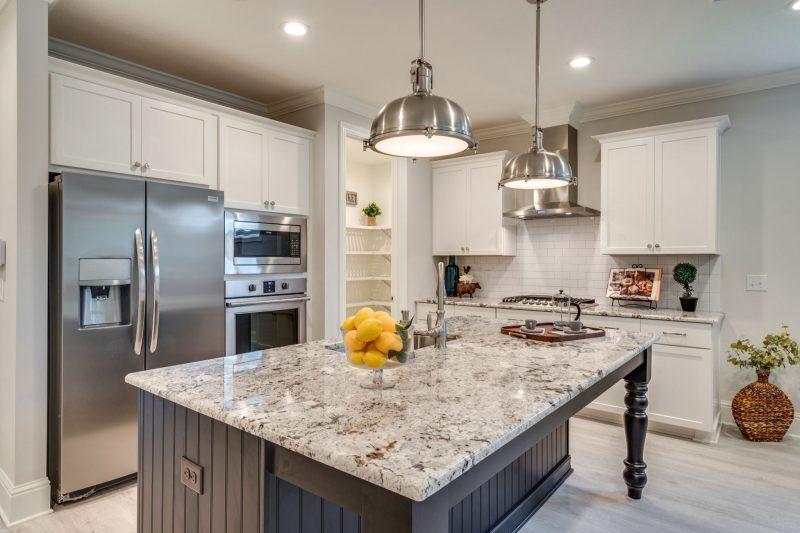 Osprey Ridge home kitchen island in Niceville
