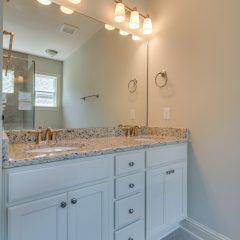 Cottage I Laurel Oaks bathroom 2