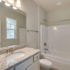 Cottage I Laurel Oaks bathroom 3