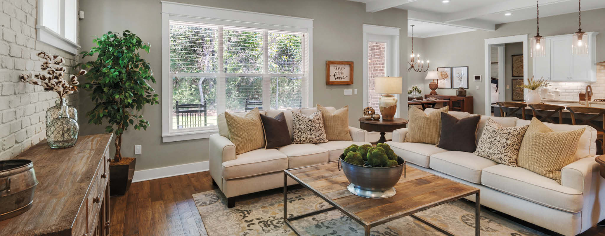 Open Living Space in Water's Edge in Niceville